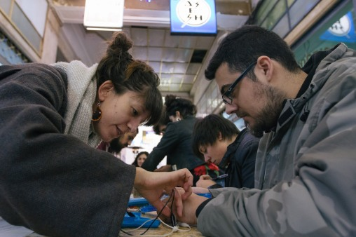 CIRCUIT BENDING WORKSHOP by Tasos Stamou